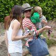 Selma Blair se rend à l'anniversaire de Willow Hart, la fille de la chanteuse Pink, à Malibu, le 2 juin 2013.