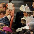 Kate Middleton discutant avec la comtesse Sophie de Wessex lors du service en l'honneur des 60 ans du couronnement de la reine Elizabeth II, à l'abbaye de Westminster le 4 juin 2013.