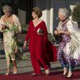 Les soeurs du roi de Suède arrivant au Grand Hotel de Stockholm le 7 juin 2013 pour le dîner offert à la veille du mariage de la princesse Madeleine et Chris O'Neill.