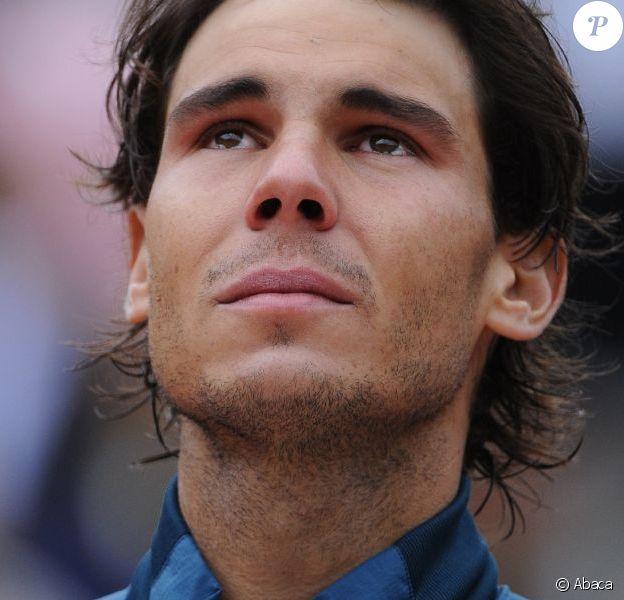 Rafael Nadal, en larmes après son huitième sacre à Roland-Garros le dimanche 9 juin 2013 après s'être impsoé face à David Ferrer (6-3, 6-2, 6-3)