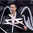 """Exclusif - Emmanuel Moire posent pour l'événement """"2000 femmes chantent contre le cancer"""" à l'Olympia à Paris, le 7 mars 2013."""