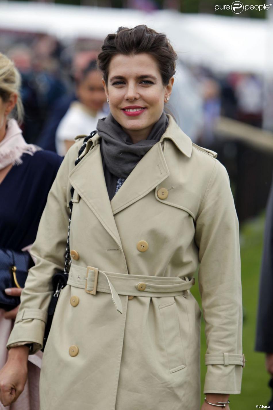 Charlotte Casiraghi lors de la Cartier Queen's Cup à Windsor, au Guards Polo Club, dimanche 16 juin 2013.