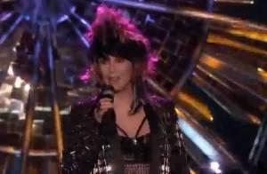 Cher dévoile le titre 'Woman's World' et met le feu à la finale de The Voice US