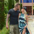 """Benjamin et Aurélie des Anges de la télé-réalité 5, plus amoureux que jamais, posent lors d'un rendez-vous à l'hôtel """"Le Méridien"""" à Marrakech, le 27 mai 2013."""