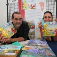 """Exclusif - Fabien Rypert et Adeline Blondieau présentent leur album """"Les Pochitos"""" au Festival BD de Triel-sur-Seine, le 21 juin 2013."""