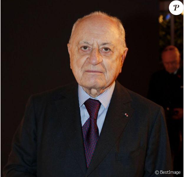 Pierre Bergé au Dîner de la mode pour le Sidaction au Pavillon d'Armenonville à Paris, le 24 janvier 2013.
