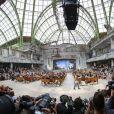 """Défilé de mode Haute-Couture Automne-Hiver 2013/2014 """"Chanel"""" à Paris. Le 2 juillet 2013."""