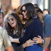 Liv Tyler : Visite surprise de son père Steven, instant câlin en plein tournage