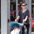 Amy Adams avec sa fille Aviana à Vancouver le 11 juillet 2013.