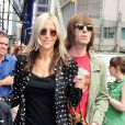 Liam Gallagher avec Nicole Appleton et leur fils Gene à New York le 21 juin 2011.