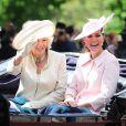 Kate Middleton le 15 juin 2013 lors de la parade Trooping the Colour. Sa dernière apparition officielle enceinte, avant son congé maternité et la naissance de son premier enfant avec le prince William.