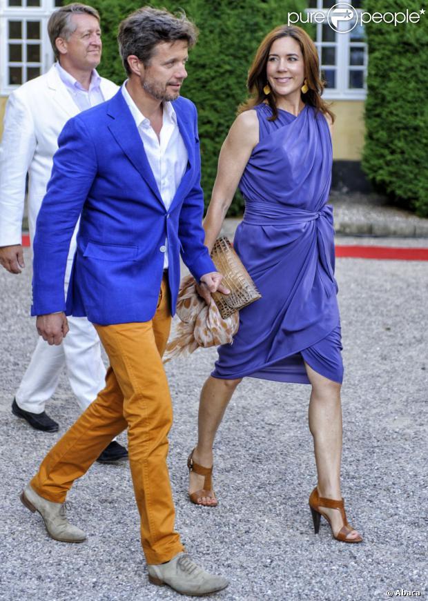 La princesse Mary et le prince Frederik de Danemark flashy à la représentation du Verdens Ballet (Ballet du monde) le 19 juillet 2013 au château de Gavno.
