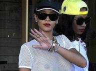 Rihanna dévoile sa poitrine sous une tenue transparente, sans soutien-gorge !