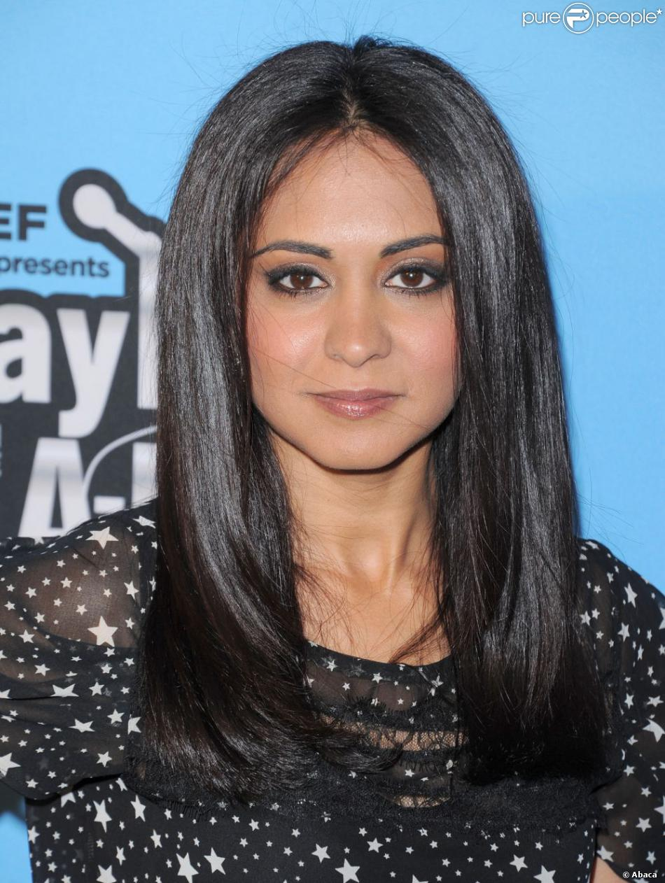 Parminder Nagra earned a  million dollar salary, leaving the net worth at 275 million in 2017