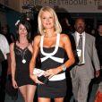Paris Hilton en pleine promo de ses talents d'actrice
