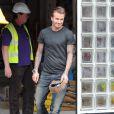 Exclusif - David Beckham quitte le chantier de ce qui pourrait être son futur restaurant. Londres, le 12 juillet 2013.