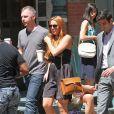 Lindsay Lohan, tout juste sortie de cure de désintoxication, en tournage à New York, le 5 août 2013.