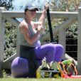 Exclusif - Sportive, même enceinte Jennifer Love Hewitt fait de la gym. Photo prise à Santa Monica, le 8 août 2013.