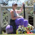 Exclusif - Jennifer Love Hewitt enceinte fait de la gym à Santa Monica, le 8 août 2013.