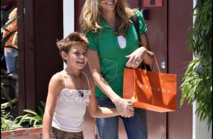PHOTOS : Brooke Burns, la bombe d'Alerte à Malibu, pause tendresse avec sa fille