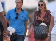 Kate Moss : Virée en mer et en famille pour le top stylé