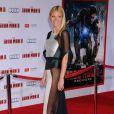 Gwyneth Paltrow a dévoilé son corps de rêve dans une robe transparente à Los Angeles lors de la première d'Iron Man 3 en avril 2013
