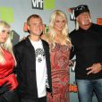 Linda Hogan, Nick Hogan, Brooke Hogan et Hulk Hogan à Los Angeles, le 2 décembre 2006.