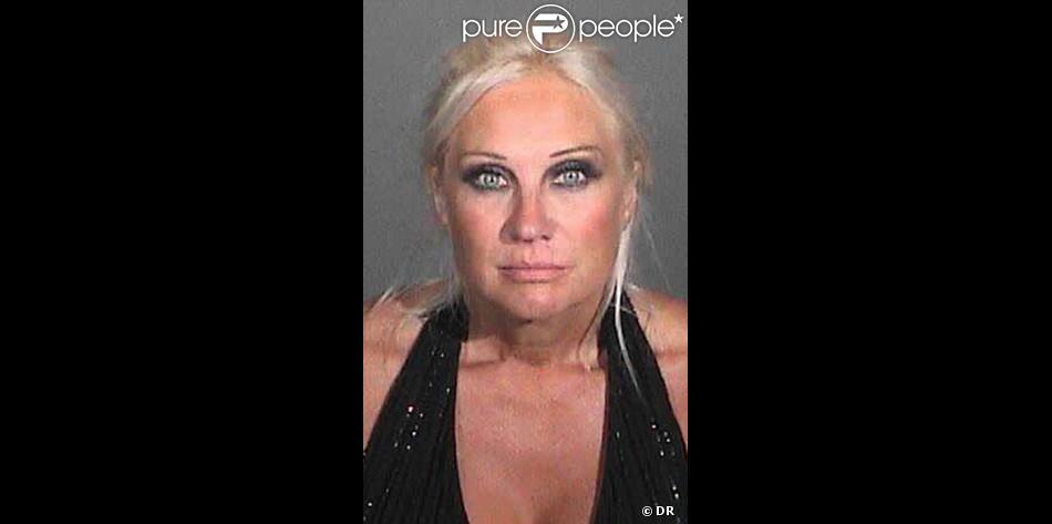 Mugshot de Linda Hogan le soir de son arrestation par la police de Miami, octobre 2012.