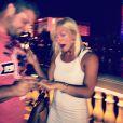 Brooke Hogan, émue lors de ses fiançailles avec son homme Phil Costa le 29 juin 2013 à Las Vegas.