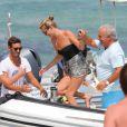 Kate Moss, à Saint-Tropez en compagnie de Sir Philip Green. Saint-Tropez, le 24 août 2013.
