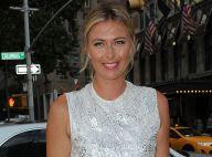 Maria Sharapova : Sublime Style Awards au côté de jeunes mariés heureux