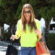 Sofia Vergara, a fait du shopping avant d'aller au restaurant et de tomber dans les escaliers, à Beverly Hills, le 5 septembre 2013.