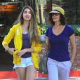 Exclusif - Teri Hatcher se promène avec sa fille Emerson à Los Angeles, le 4 septembre 2013.