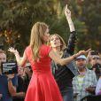 """Céline Dion sur le plateau de l'émission """"Extra!"""" avec Maria Menounos à Universal City, le 9 septembre 2013."""
