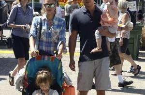 Jessica Alba fait le marché, entourée de sa jolie famille...