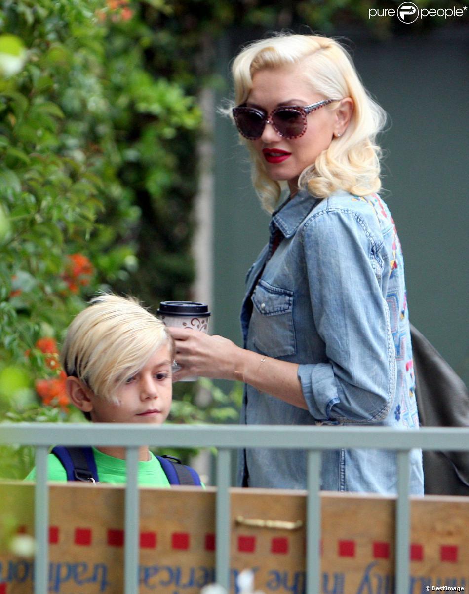 Gwen Stefani, enceinte, accompagne son fils Kingston à l'école le vendredi 20 septembre 2013 à Van Nuys.