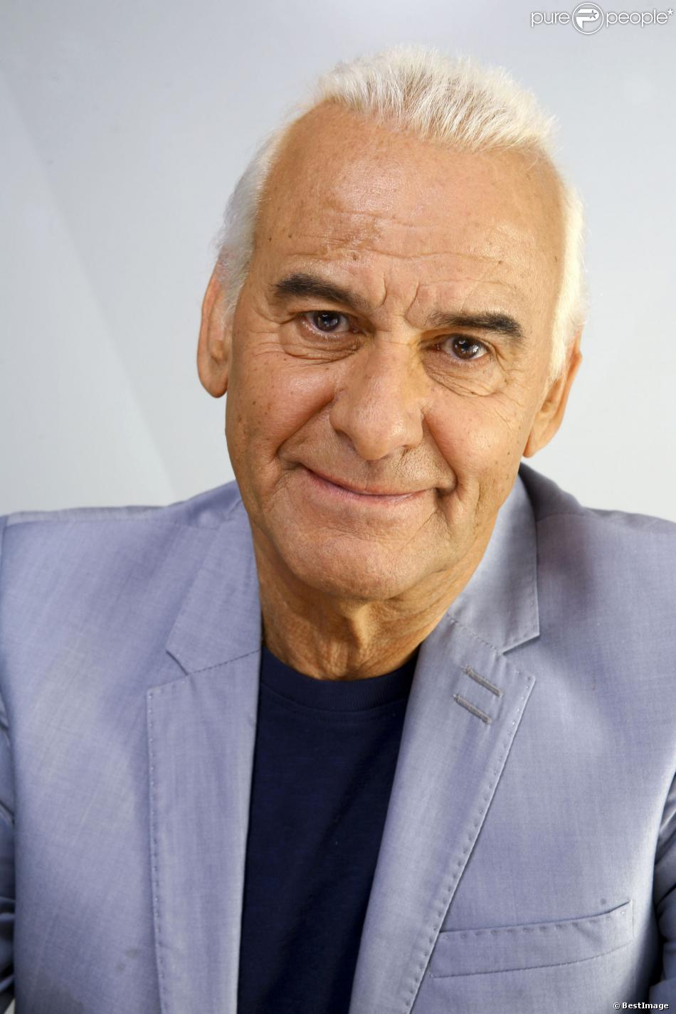 Michel Fugain salary