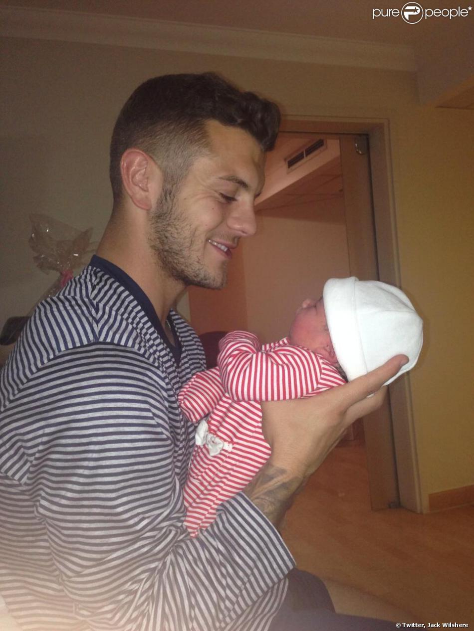 Jack Wilshere et sa petite Delilah Grace, née le 26 septembre 2013