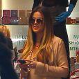 Khloe Kardashian fait quelques emplettes dans la boutique de vêtements Kitson à Beverly Hills. Le 2 octobre 2013.