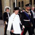 La reine Sonja de Norvège et son fils le prince héritier Haakon le 9 octobre 2013 à Oslo à l'inauguration du Parlement, qui dispose depuis la veille d'un nouveau président.