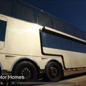 Will Smith ouvre les portes de sa caravane ultraluxueuse