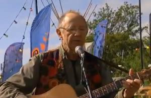 Noel Harrison : Mort à 79 ans du mythique chanteur et comédien anglais