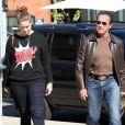 Arnold Schwarzenegger et sa fille Christina dans les rues de Brentwood, le 5 novembre 2013.