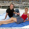 Jean Dujardin et Alexandra Lamy à Nice en juillet 2002.
