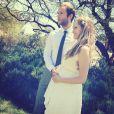 Mark Webber et sa fiancée Teresa Palmer eceinte, via une photo Instagram le 5 novembre 2013.