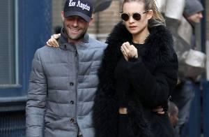 Adam Levine et Behati Prinsloo : Les jeunes fiancés ne se quittent plus !