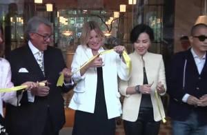 Kate Moss : Rayonnante en solo à Hong Kong pour un ami millionnaire