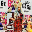 """Lady Gaga lors d'une conférence de presse pour son album """"ARTPOP"""" à Tokyo, le 1er décembre 2013."""