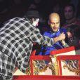 Josep Guardiola avec sa fille Valentina (5 ans) aux 20 ans de l'ONG Clowns Sans Frontières au Cirque Roncalli à Munich, le 2 décembre 2013.