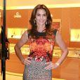 Cindy Crawford a pris la pose pour l'ouverture d'une boutique Omega à Miami le 4 décembre 2013